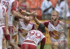 Red Bulls Tie 2-2 With DC United