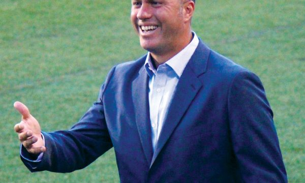 Coach Gio Savarese Leaves New York Cosmos
